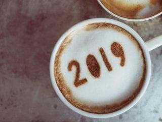 Milchkaffee mit einer 2019